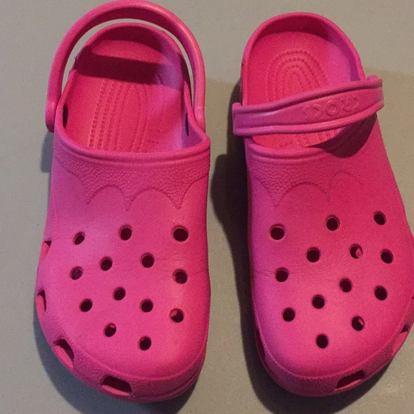 1a559ab52 CROCS Shoes - Used Authentic crocs traditional clogs w 10-11
